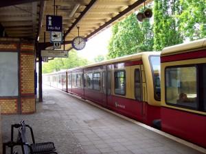 berlin-marienfelde-station-an-dresdner-bahn-551395